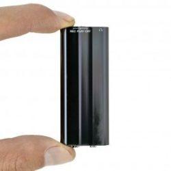 Mini diktafon hangra aktíváló 16gb 30-40 óra üzem idő! (Tápról üzemelve 160óra)
